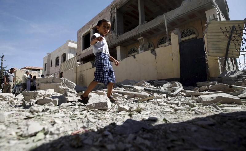 International Report: Millions of Yemenis to Starve in 2017