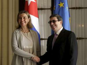 EU foreign policy chief Federica Mogherini (L) shakes hands with Cuba's Foreign Minister Bruno Rodriguez Parrilla during their meeting in Havana March 11, 2016. Reuters