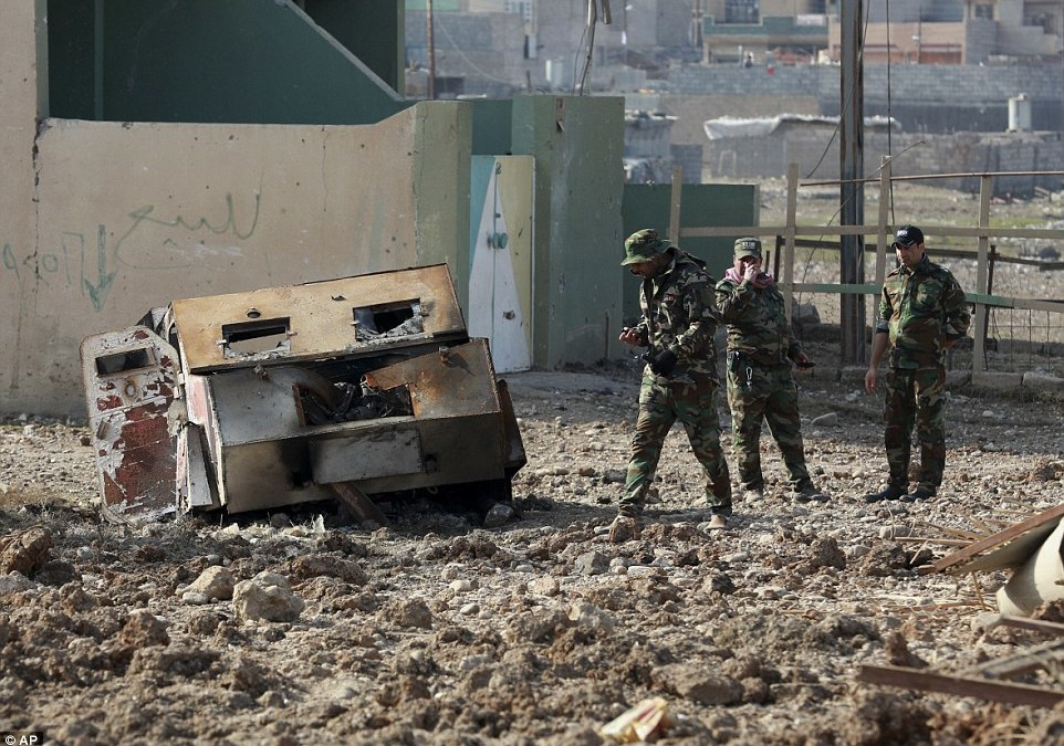 Iraqi Forces Make Gains in Southeast Mosul