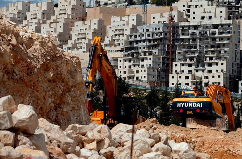 Palestinian Authority Seeks to Freeze Settlement Expansion