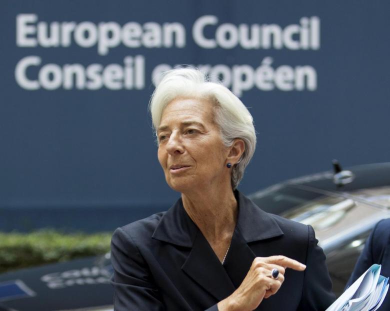 'Euro' Fears Decline amidst European Crises