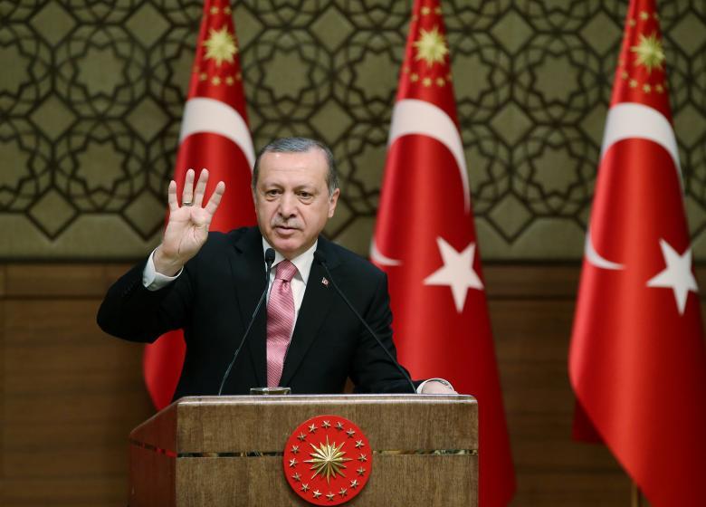 Turkey Sets April 16 for Key Constitutional Referendum