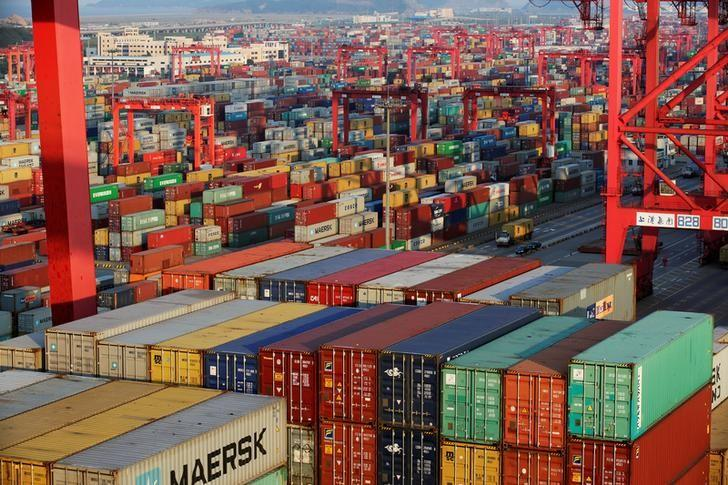 China Exports Surge, Rising 7.9% in January
