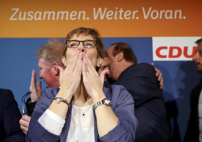 Merkel's Saarland Vote Victory Boosts National Campaign Prospects