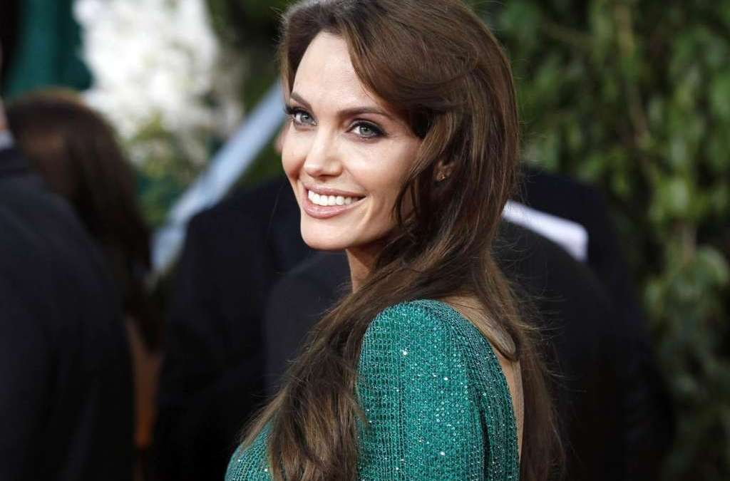 'Hollywood Smile' … not Just for Celebrities