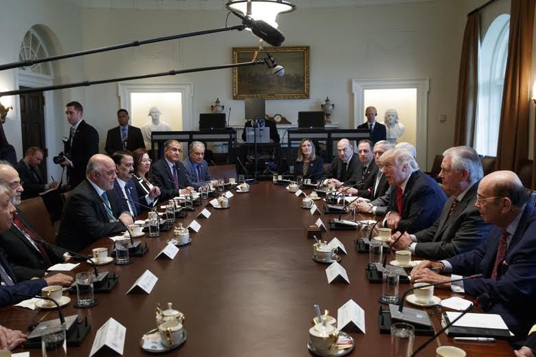 Trump, Iraqi PM Discuss Fight against ISIS
