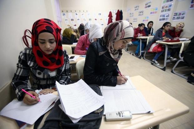 Naturalization of Syrian Refugees Divides Turkey