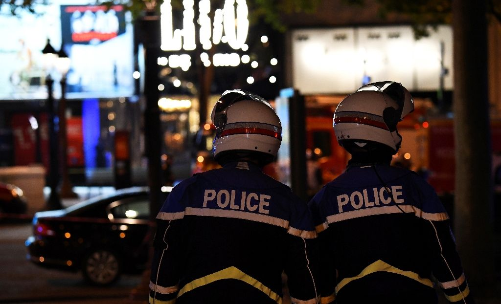 Gunman Opens Fire on Champs Elysees, French Police Officer Killed