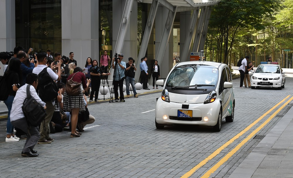 Driverless Cars to Hit UK in 2019