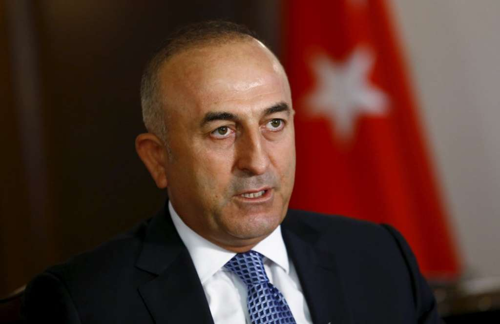 Turkish Foreign Minister Warns Europe again on Refugees' Agreement