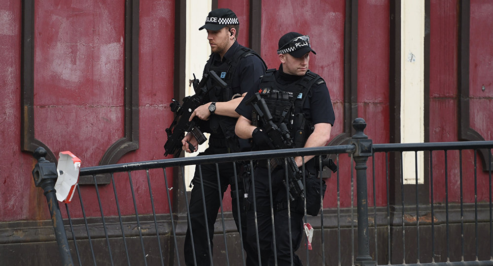 Victoria Station Reopens a Week after Manchester Attack