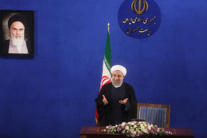 Rouhani Flirts with Iranian Revolutionary Guards