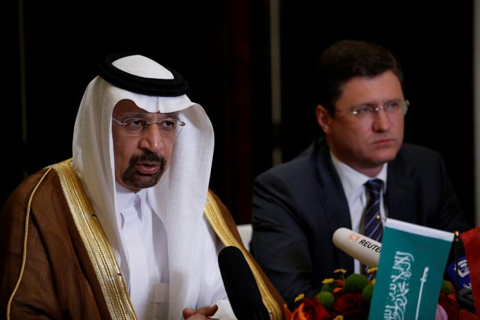 Saudi Arabia, Russia Agree on Extending Oil Cuts Until March 2018