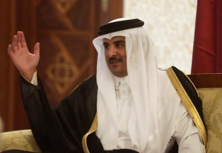 Emir of Qatar Stresses Enhancing Relations with Iran