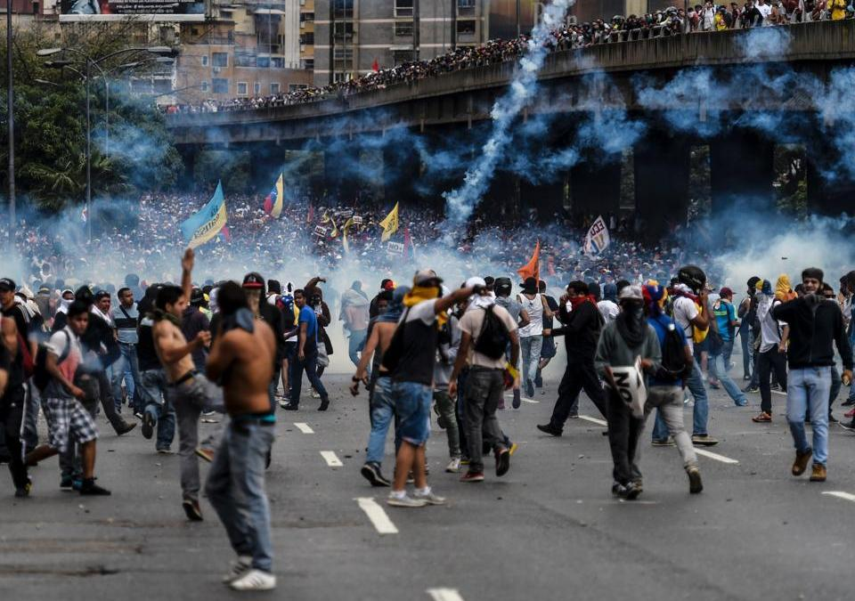 Venezuela Anti-Maduro Unrest Marks 50th Day with Huge Protests