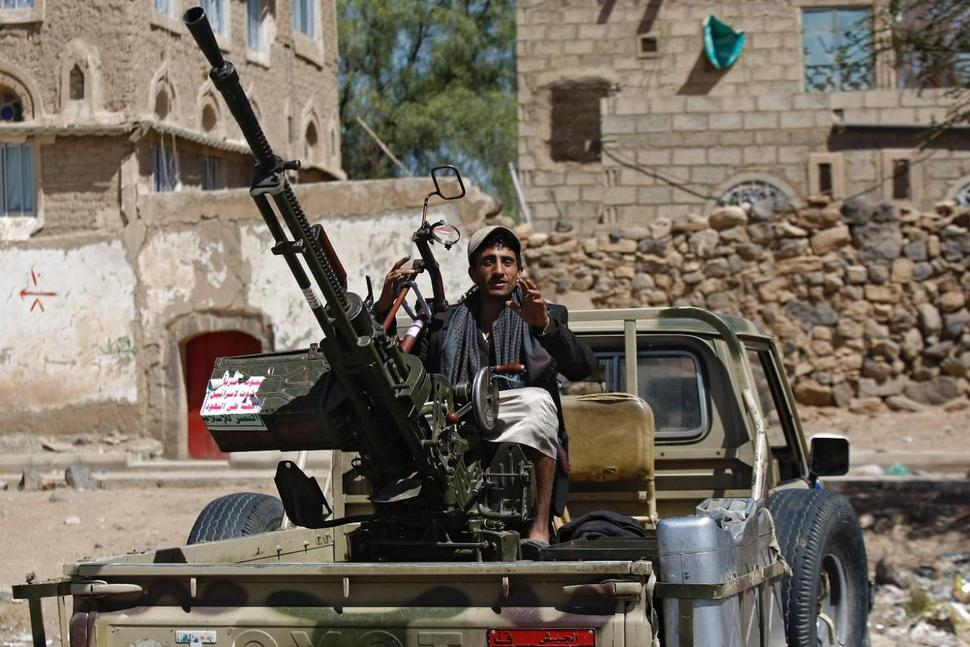 Coup Row Exasperates in Sana'a as Houthis Target Pro-Saleh Politicians, Media Outlets