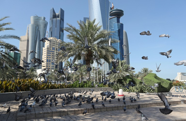 Two Choices to Resolve the Qatar Crisis