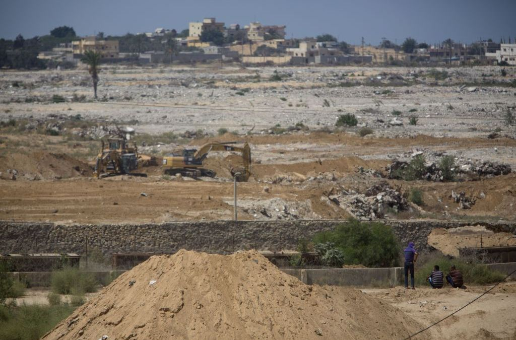 Hamas Seeks to Reassure Egypt by Building Buffer Zone