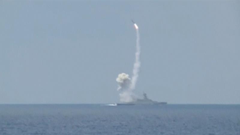 Russia Participates in Syria's 'Desert Battle' with Missiles, Warplanes