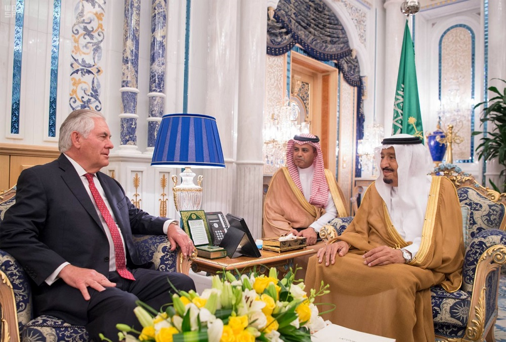 Saudi King Salman Receives Tillerson in Jeddah