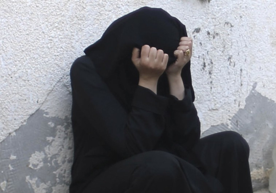 ISIS Wives Live in Oppression, Slavery