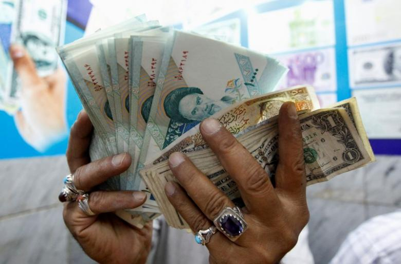 Iranian Report Shows Foreign Banks' Rejection to Deal with Teheran