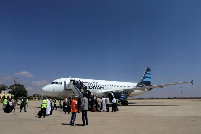 Libyans Celebrate Reopening of Benghazi Airport after Terrorists' Defeat