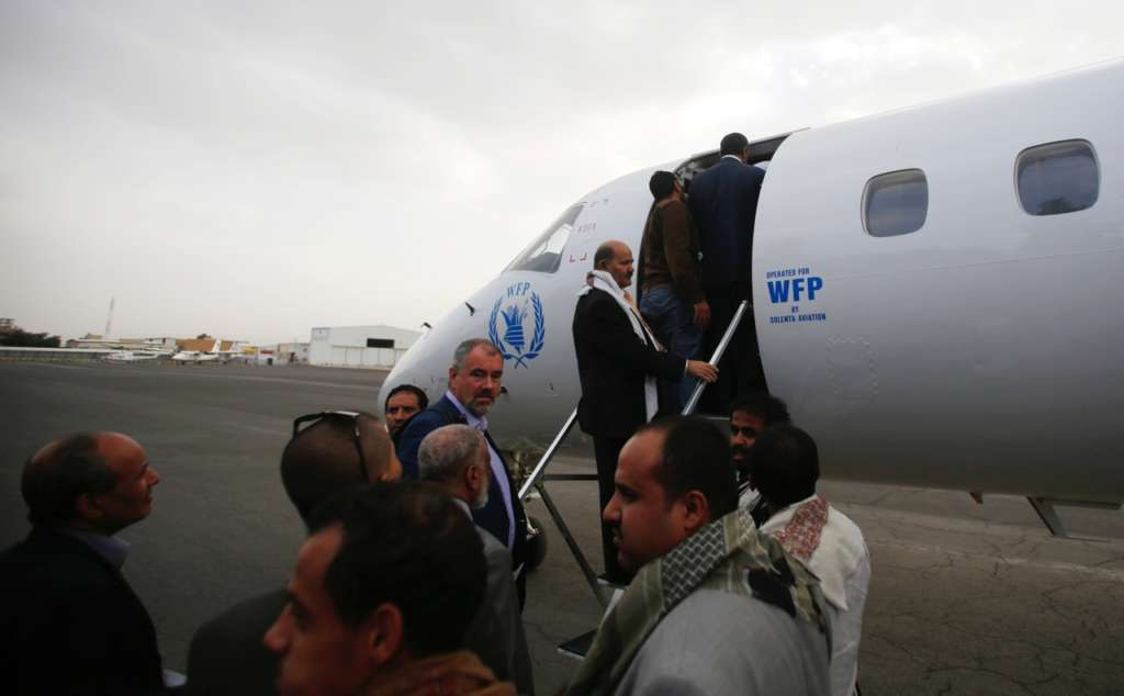 Al-Mekhlafi: Even UN Staff Need Visa to Enter Yemen