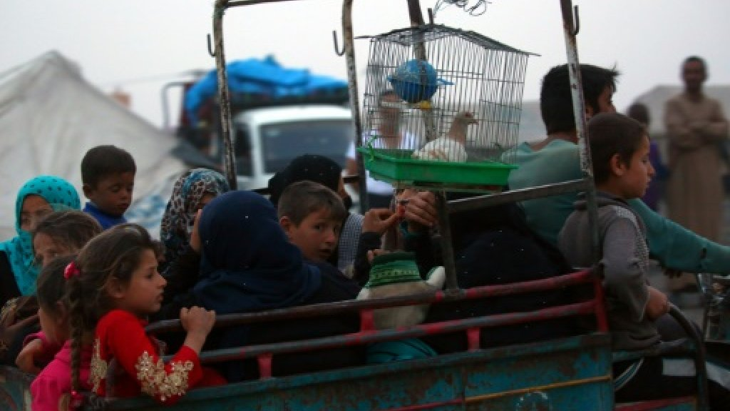 Smugglers Lead Civilians Fleeing Raqqa into Deadly Situations