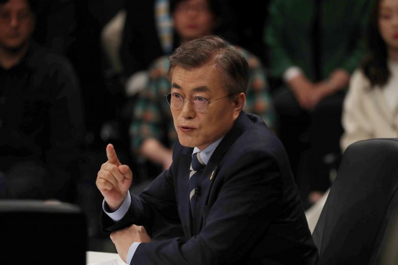 South Korea Offers Rare Talks with Pyongyang Hoping to Ease Tensions