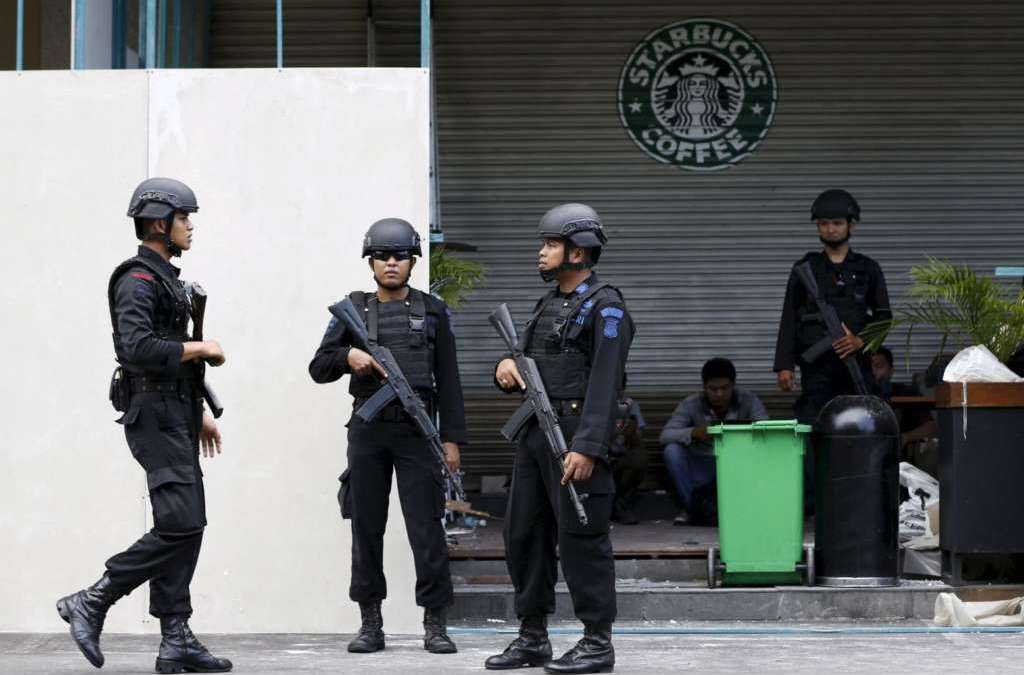 Militant Stabs Indonesian Policemen Inside a Mosque