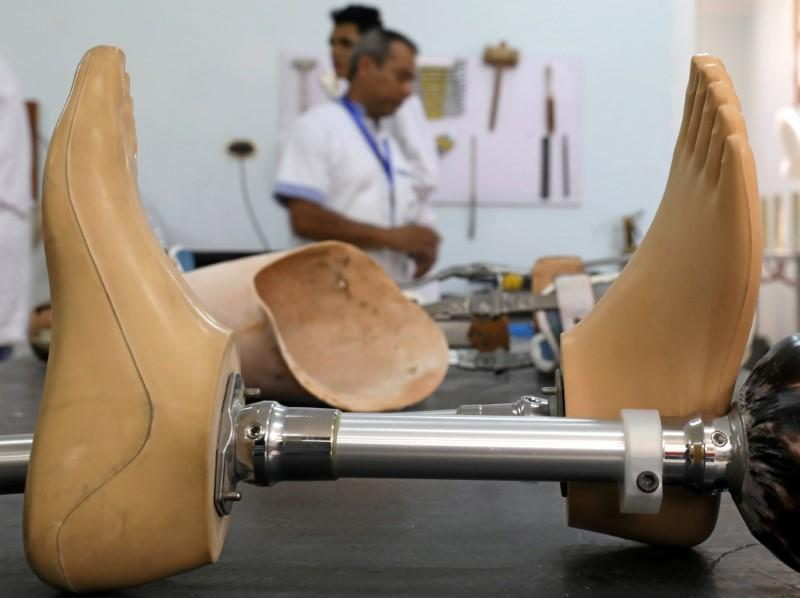 Disabled Egyptians Make Prosthetic Limbs for Poor