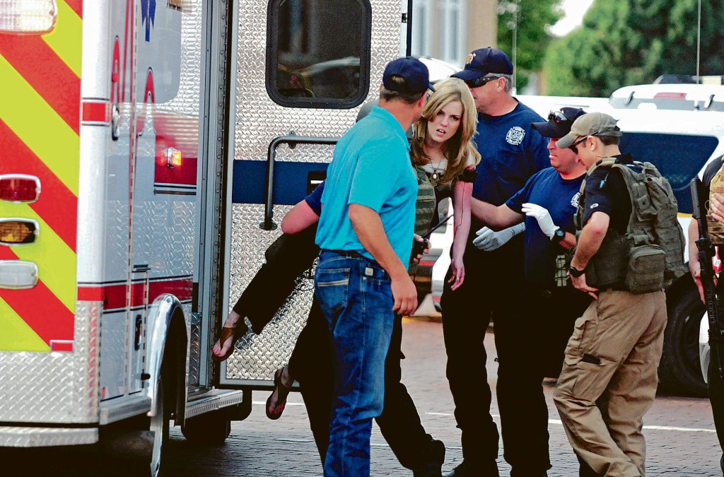 2 Killed, 4 Wounded in Shooting in New Mexico, US