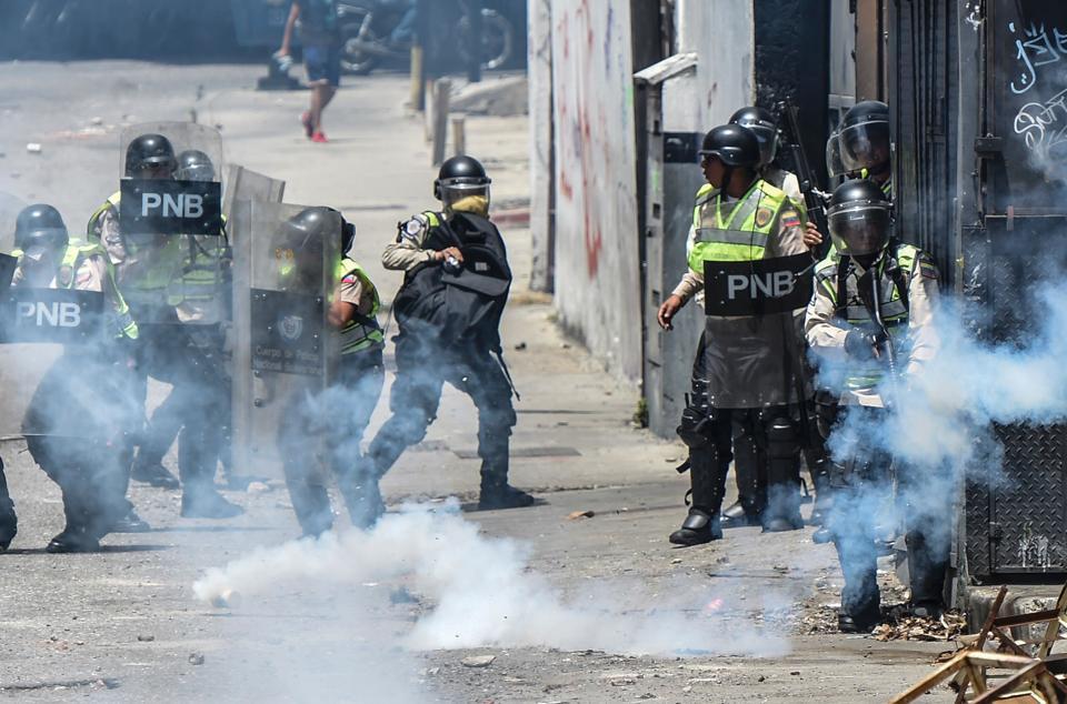 UN Rights Chief Says Democracy in Venezuela 'Barely Alive'
