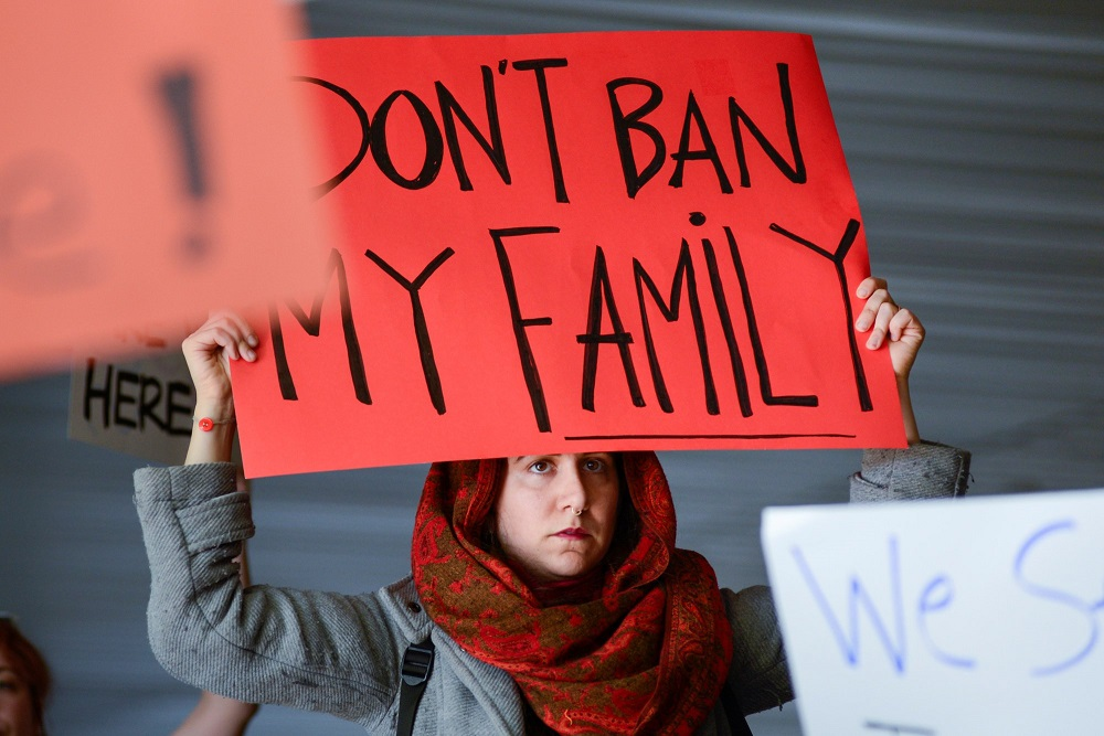US Supreme Court Allows Trump's Strict Refugee Policy