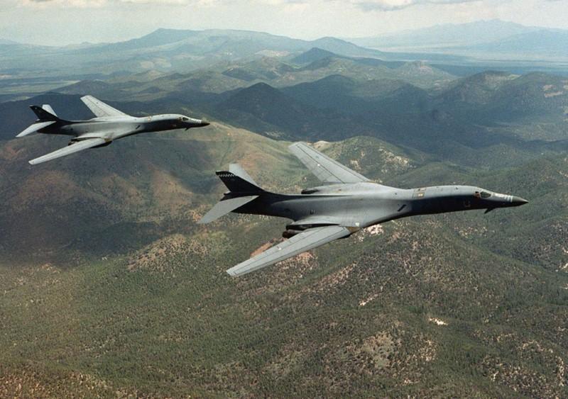 Pentagon Says US Bombers Fly off East Coast of N.Korea