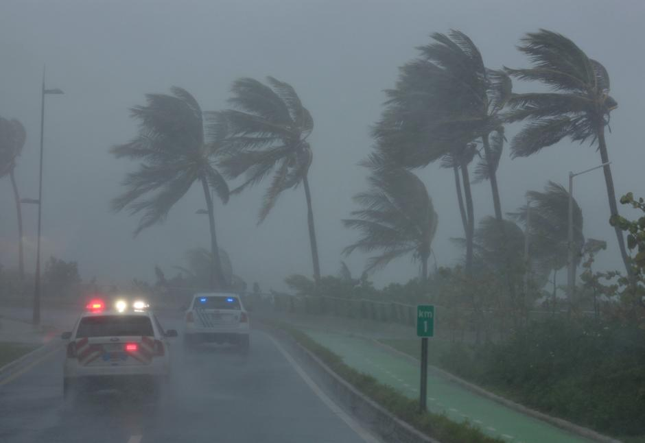 UK Declares Emergency in Storm-Hit Virgin Islands, Sends Aid
