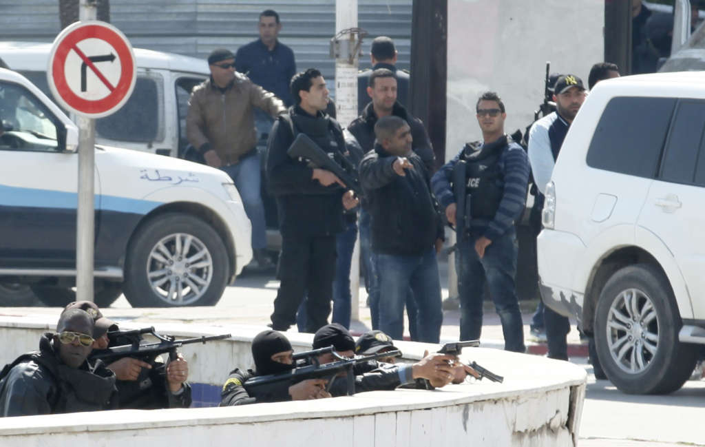 Tunisia Breaks up Terrorist Cell Sending Youth to Hotbed of Extremism