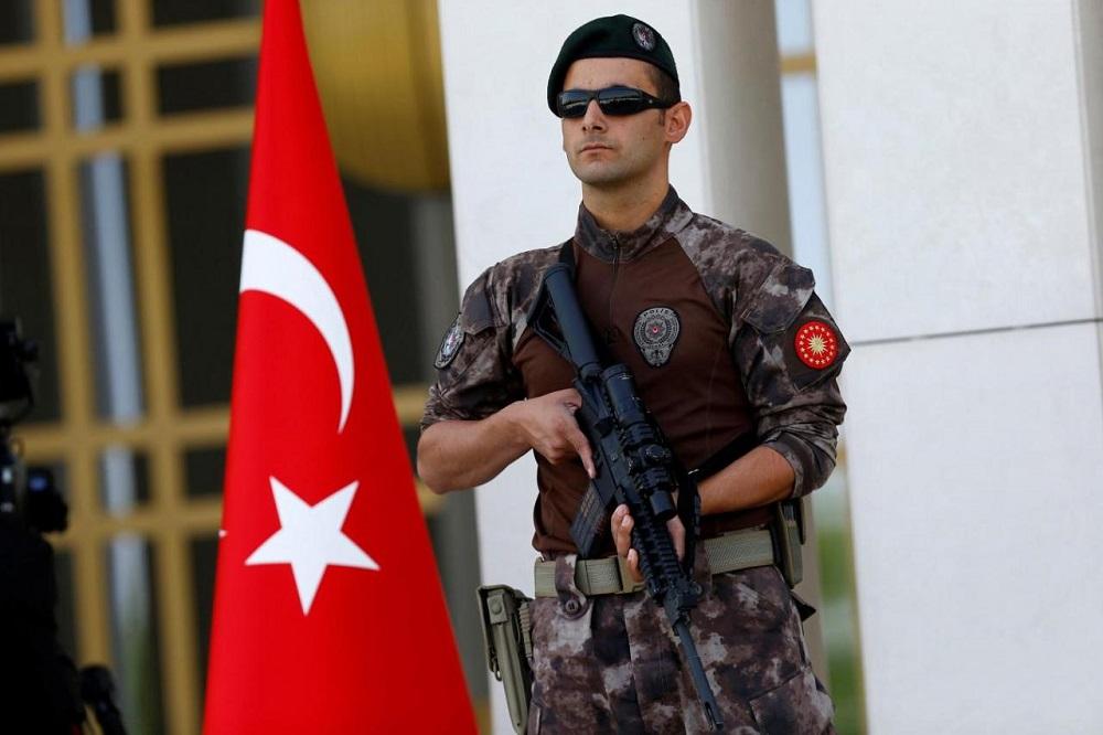18 Terrorists Killed, Dozens Arrested during Security Raids in Turkey