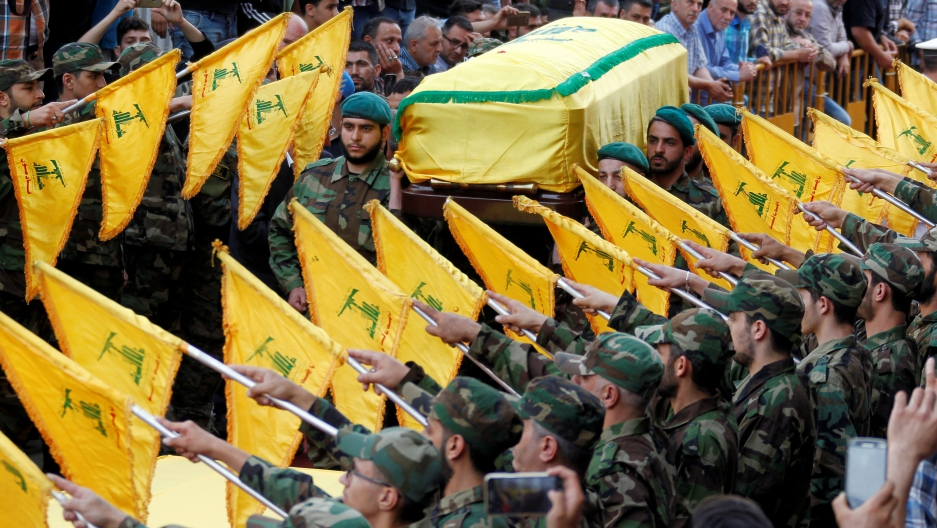 Mysterious Airstrike Targets 'Hezbollah' Position in Syrian Desert