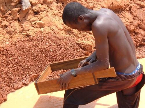 Artisanal Diamond Mining in Angola