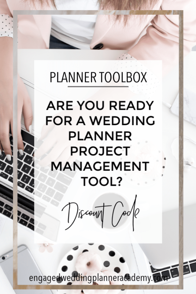 In this post I'm telling you all about my favorite wedding planner project management tool and sharing a discount code if you'd like to try it out! Honeybook, How to be a wedding planner, how to become a wedding planner, Outsourcing Wedding Planner Business Services, Wedding Business, wedding planner business, Wedding Planner Business Services, Wedding Planner Class, Wedding planner course, wedding planner CRM, Wedding Planner Project Management Tool, wedding planner tool