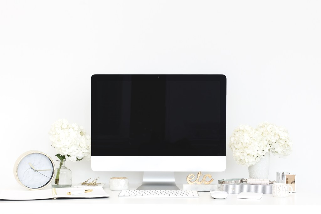 In this post, I'll give you wedding planner website tips you'll want to know before creating that awe-inspiring website.| wedding planner website tips, Free Wedding Planner Website, Show-it, Squarespace, website platforms for wedding planners, Wedding Business, Wedding Business Website, wedding planner business, Wedding Planner Class, wedding planner website, Wedding Planner Website Tips, wedding website tips, Wix wedding planner website, WordPress
