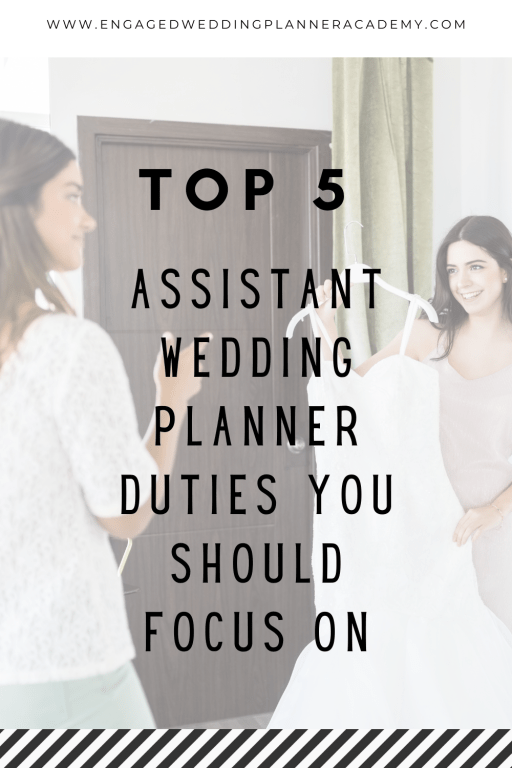 Are you wondering what sort of tasks you will be required to perform as a wedding day helper? Read about the 5 top assistant wedding planner duties here.