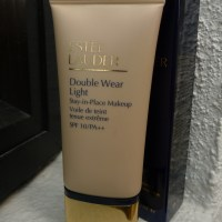 Estee Lauder Double Wear Light: Lightweight, buildable coverage, and what more?