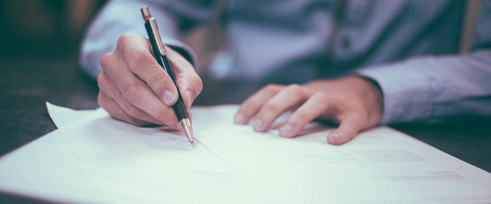 eliminate bias in your survey man completing survey