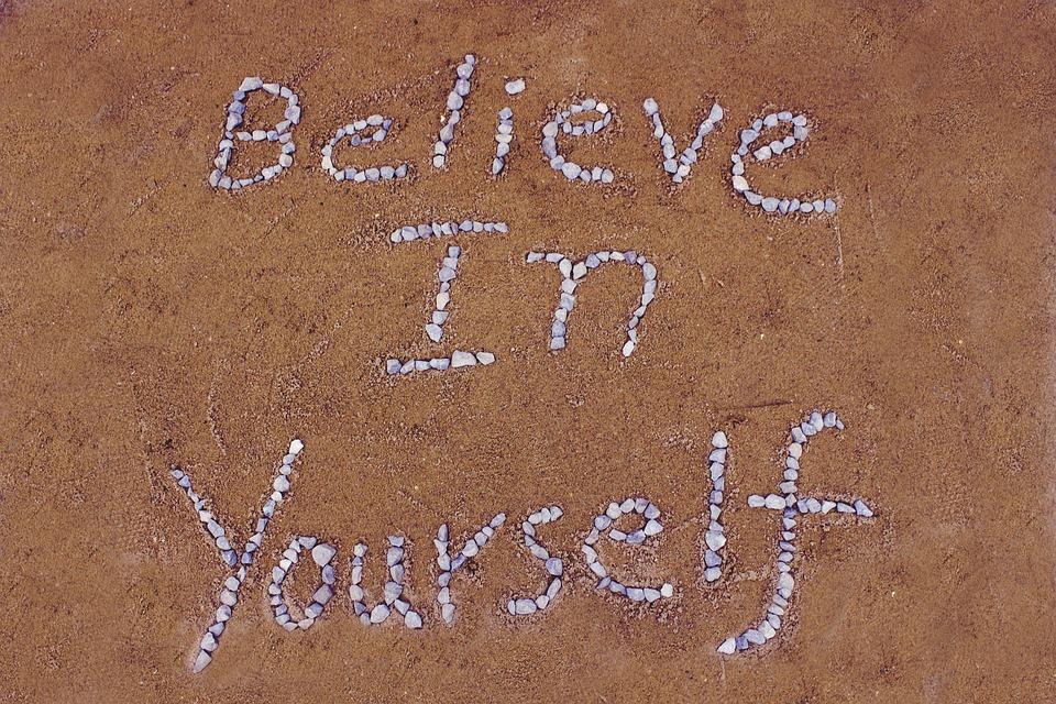 believe-in-yourself-2636203_960_720.jpg