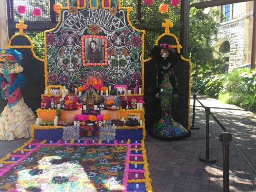 Día de los Muertos (Day of the Dead) Altar