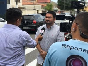 foto entrevista do Sindicato das autoescolas sobre a volta as aulas