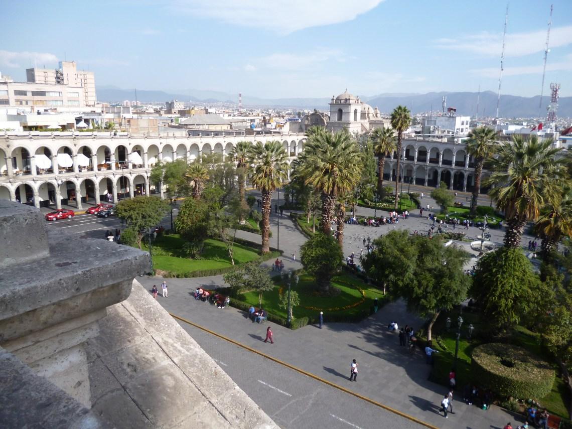 Arequipa plaza armas Vu Kathedral 2